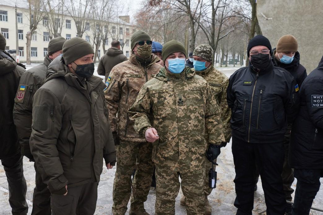 Зеленский ознакомился с работой центра подготовки Сухопутных войск 'Десна'