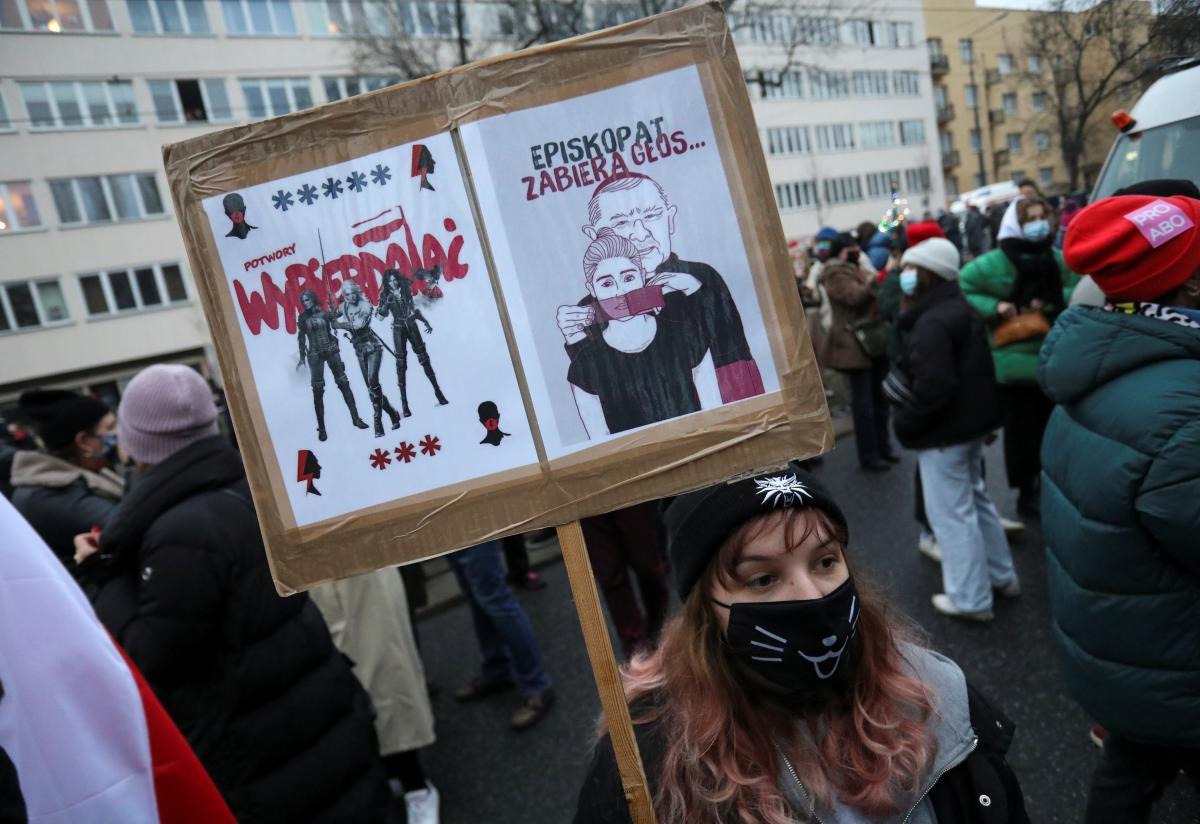 В Польше резко ухудшилось отношение населения к церкви