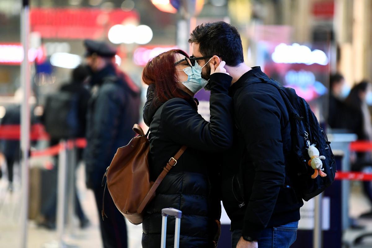 Год без секса: журналисты выяснили, как пандемия изменила сексуальную жизнь людей