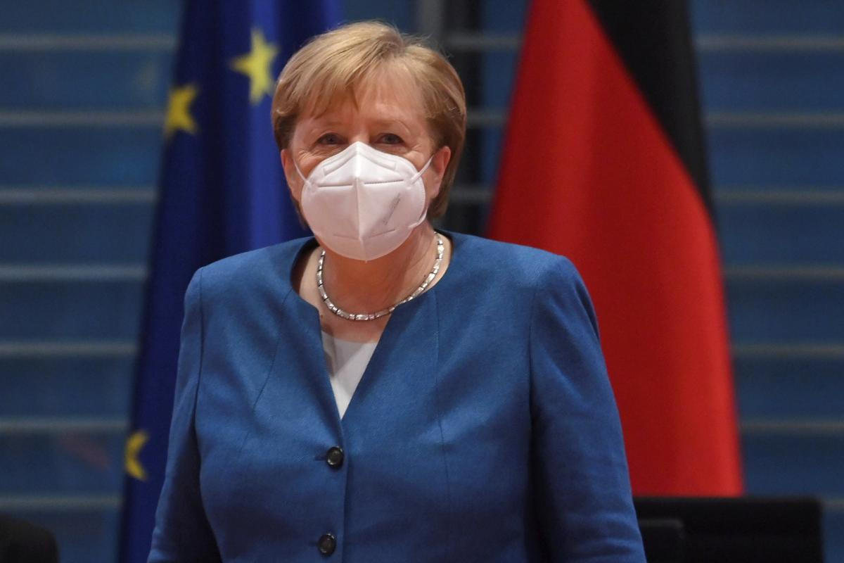 Меркель заявила, что в Германии началась третья волна пандемии - СМИ