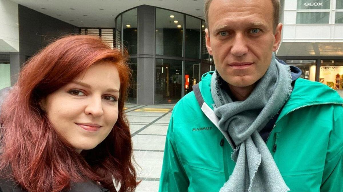 'Прямо в спецприемнике': в Москве по новому делу задержали спикера Навального