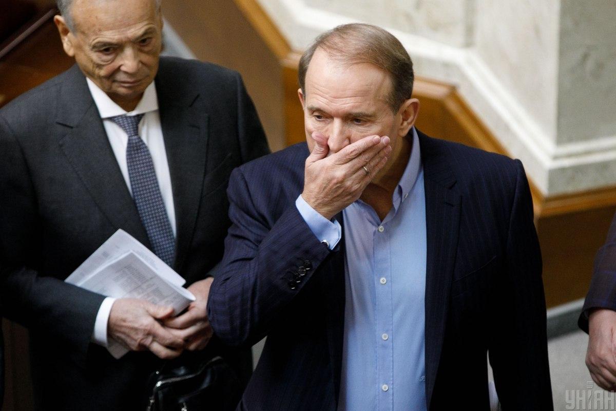 Верховный суд отказался открывать производство по иску об отмене санкций к телеканалам Медведчука