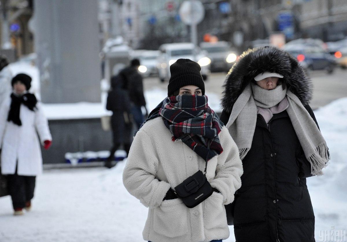 Накануне выходных подтвержденных случаев COVID-19 в Украине стало меньше