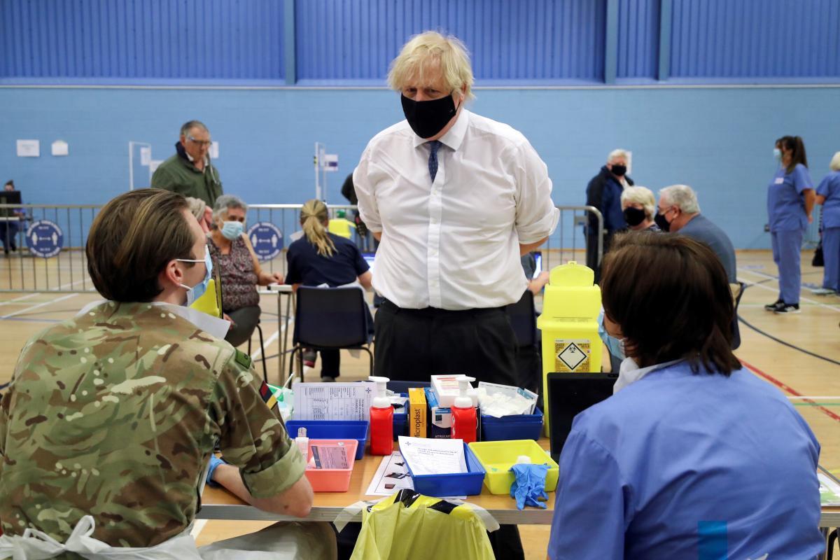В Великобритании хотят постепенно смягчить локдаун