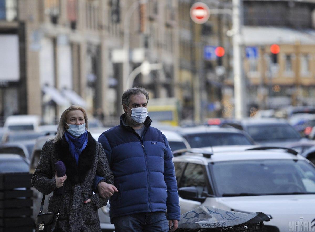 'Вирус помолодел': Степанов прогнозирует до 25 тысяч новых COVID-больных в сутки в ближайшие недели
