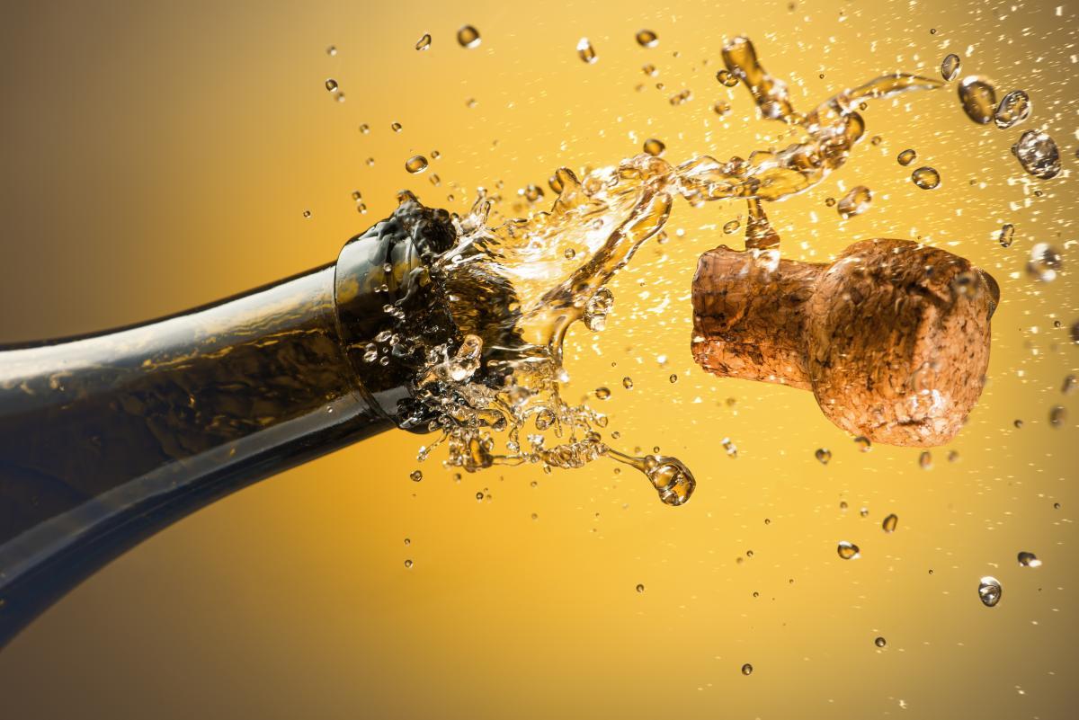Российские игристые вина не могут называться 'шампанским' - правительство Франции