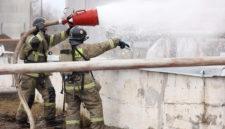 Кемеровское предприятие, где на пожаре погиб человек, работает с опасными отходами