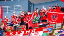 Новокузнецкий «Металлург» впервые завоевал серебро чемпионата ВХЛ