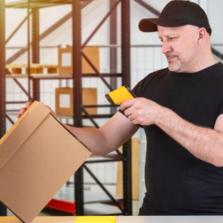 Уточнены правила обязательной маркировки некоторых видов товаров