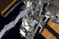 Утечку воздуха на МКС ликвидировать пока не удается