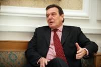 Шредер связал возвращение Крыма в состав России с расширением НАТО