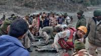 В Индии около 150 человек пропали из-за наводнения после схода ледника
