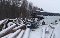 Под Иркутском 5 человек погибли в ДТП с автобусом