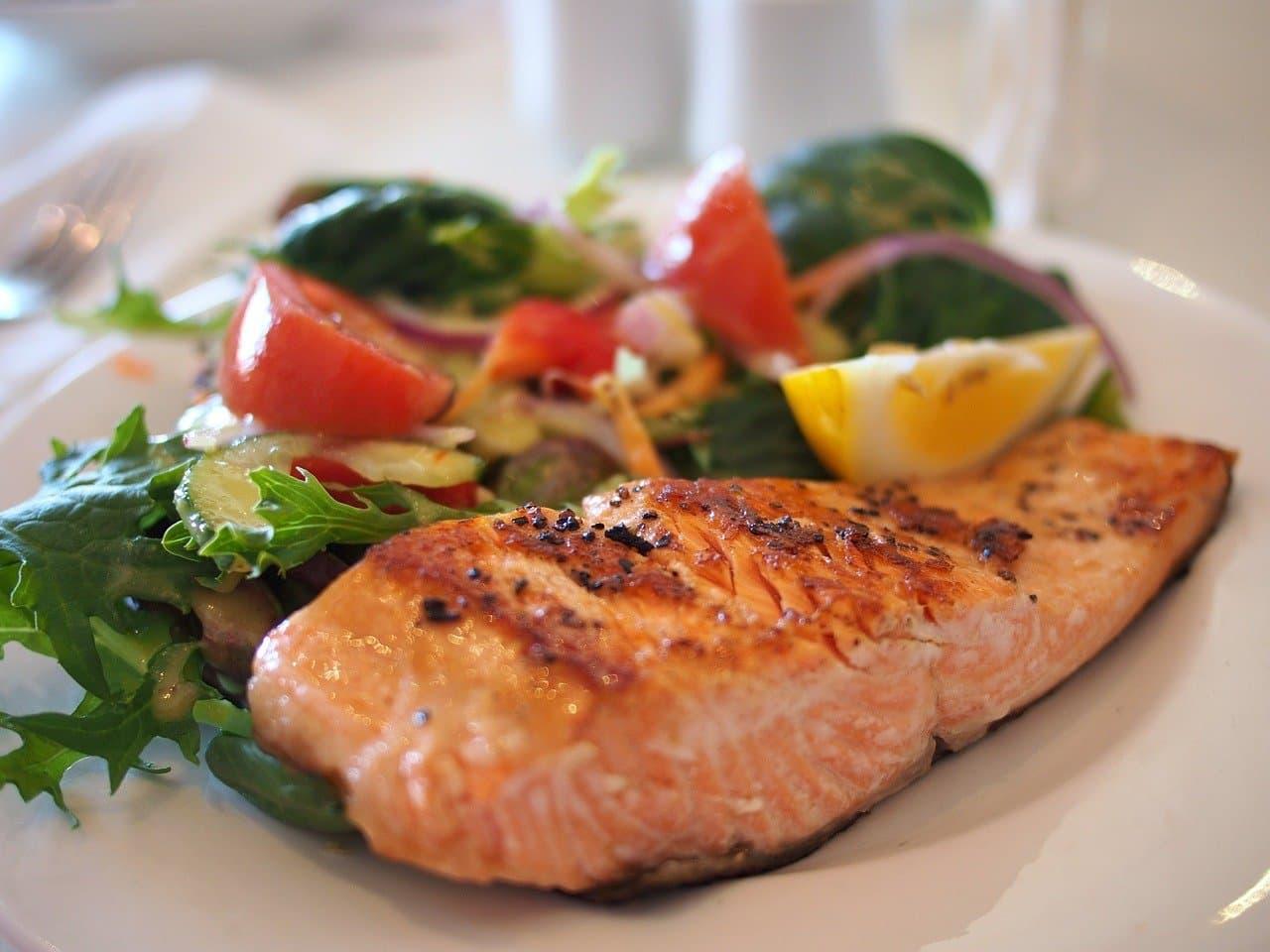 5 легких блюд из рыбы на новогодний стол в 2021 году