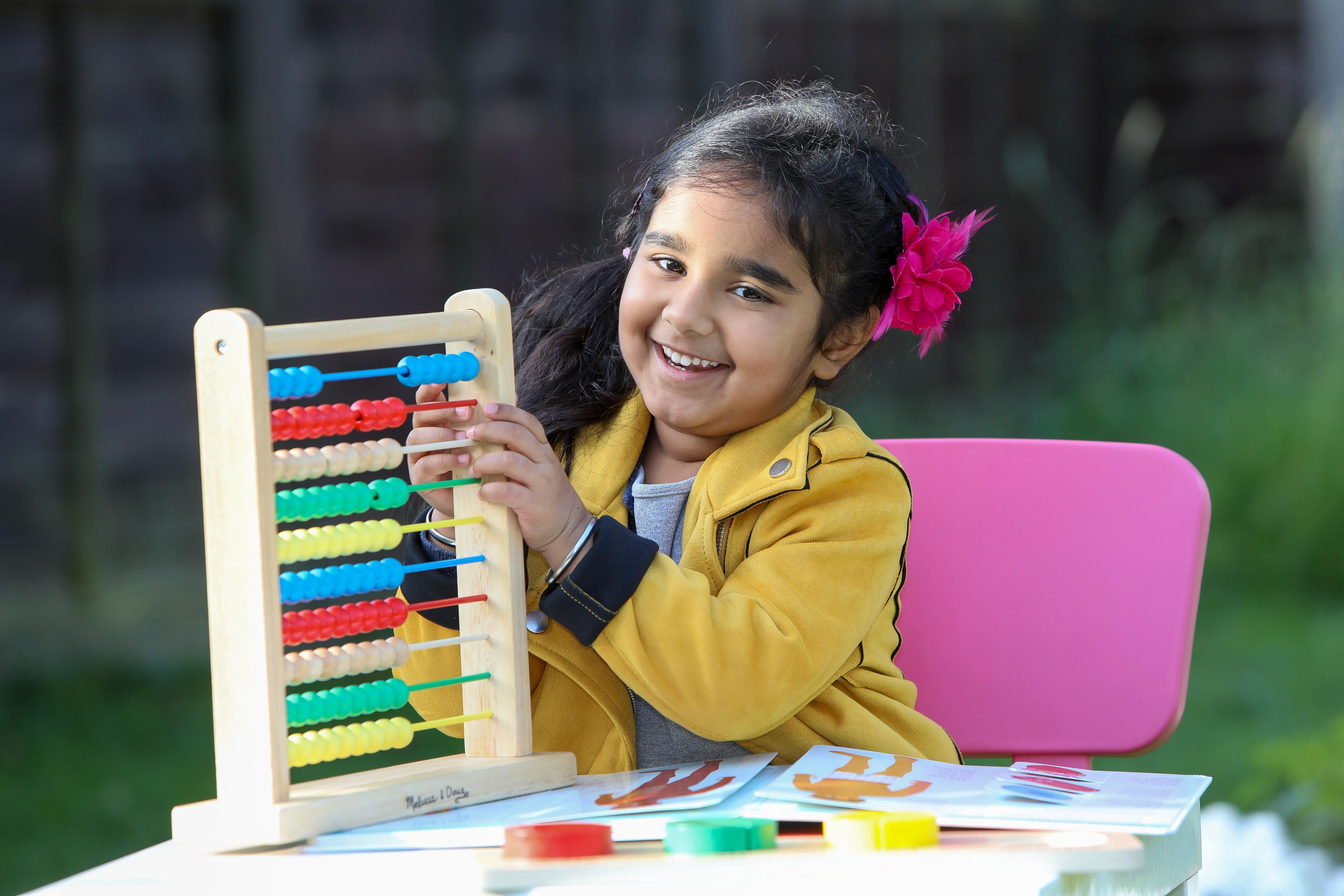 IQ трехлетней девочки оказался почти как у Эйнштейна