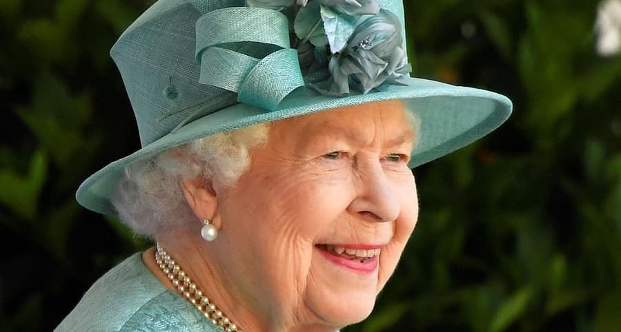 Королева отреагировала на интервью принца Гарри и Меган Маркл