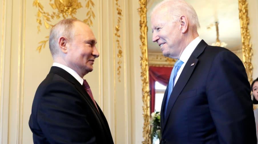 Стало известно, что Путин и Байден подарили друг другу