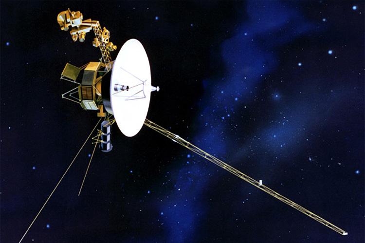Зонды «Вояджер», которым уже более 40 лет, обнаружили новый тип электронных вспышек Солнца