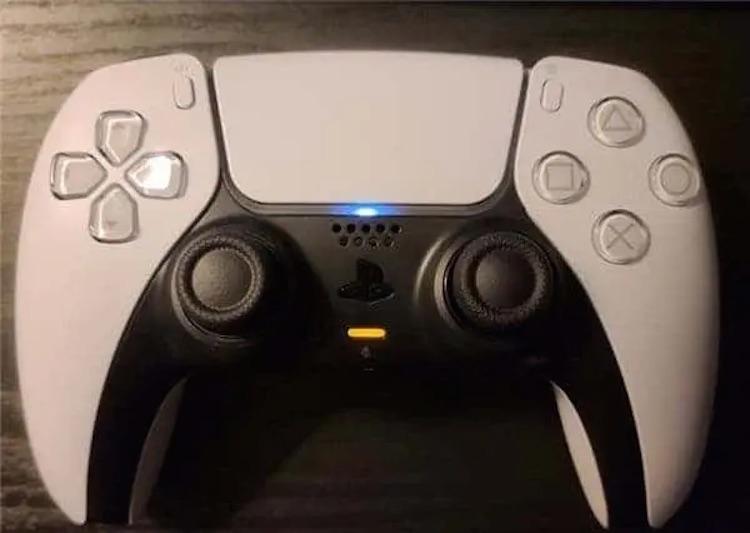 У DualSense для PS5 обнаружилась та же проблема с аналоговыми стиками, что была в DualShock 4