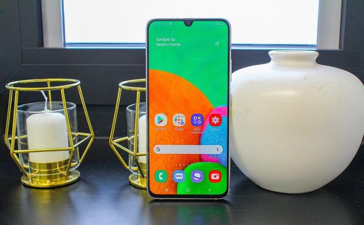 Samsung обновила Galaxy A50 и A90 до One UI 2.5. Старшая модель получила поддержку режима DeX