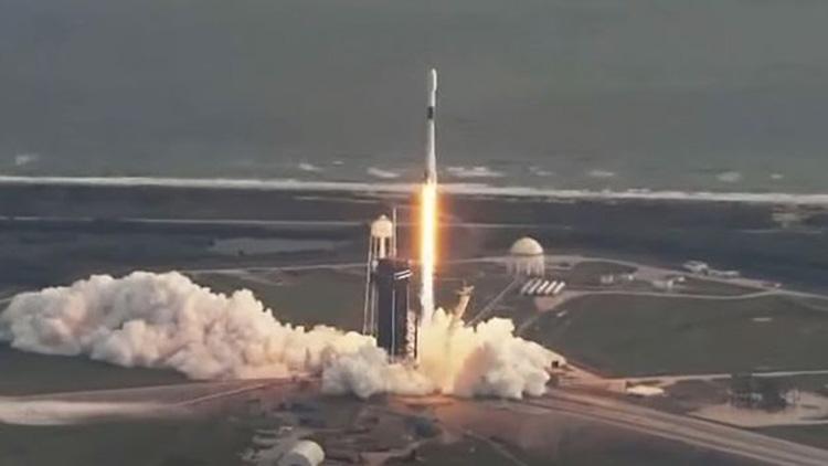 Запуск спутника-шпиона в США: годовой рекорд SpaceX и очередная успешная посадка первой ступени Falcon 9