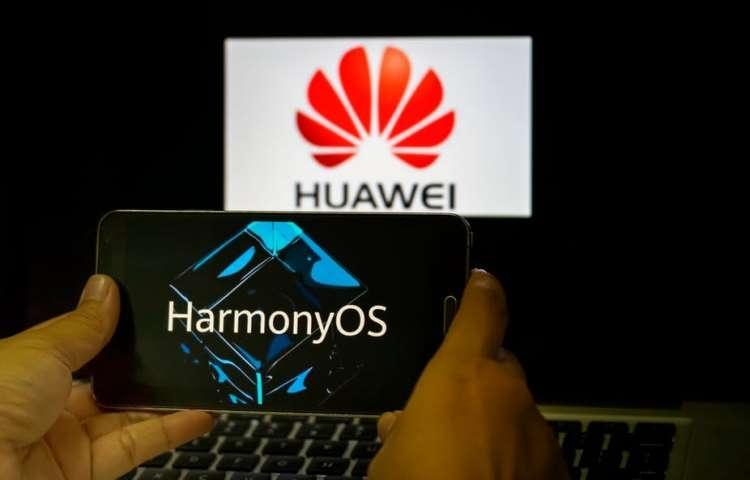 Huawei пообещала не использовать дизайн EMUI в финальной версии Harmony OS