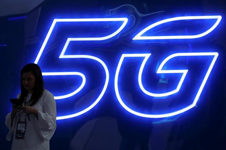 В наступающем году ожидается массовый выход доступных 5G-смартфонов