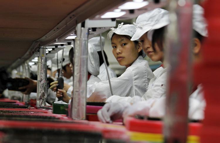 Apple закрывала глаза на использование поставщиком компонентов для MacBook детского труда