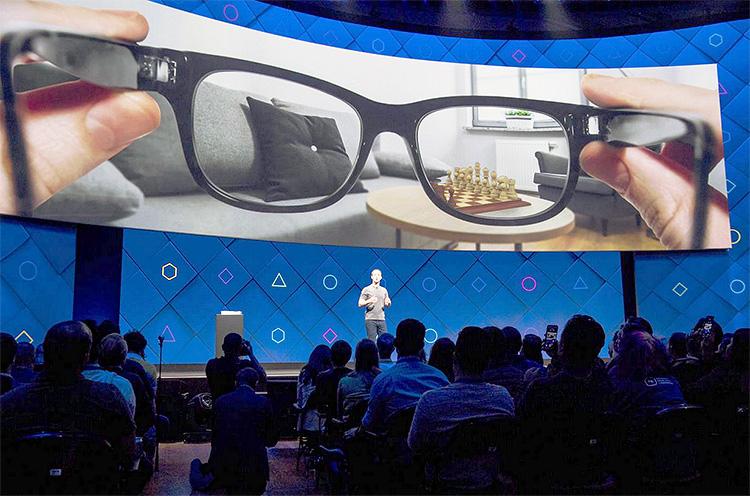 Facebook пообещала выпустить умные очки в этом году, но без дополненной реальности
