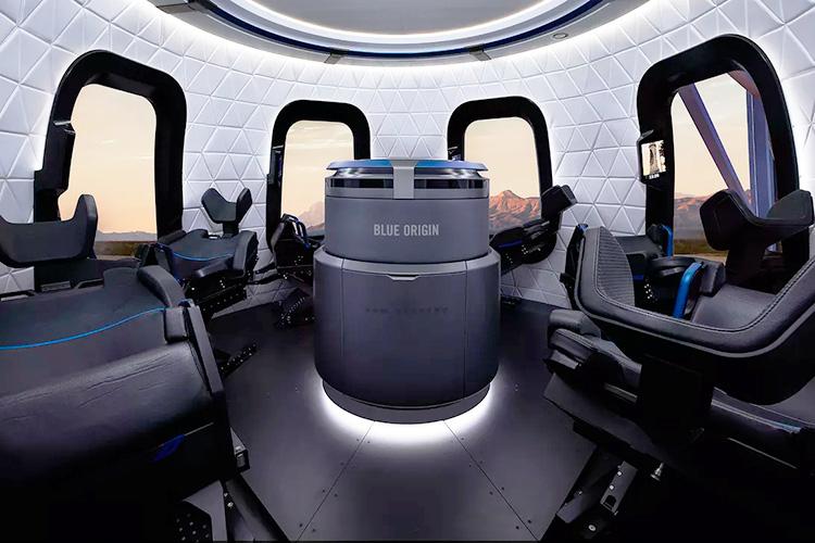 Blue Origin успешно запустила и приземлила ракету New Shepard и обновлённую пассажирскую капсулу