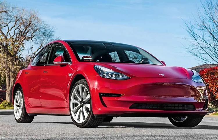 Илон Маск подтвердил скорый дебют Tesla на перспективном рынке Индии. В будущем там может появиться производство электрокаров