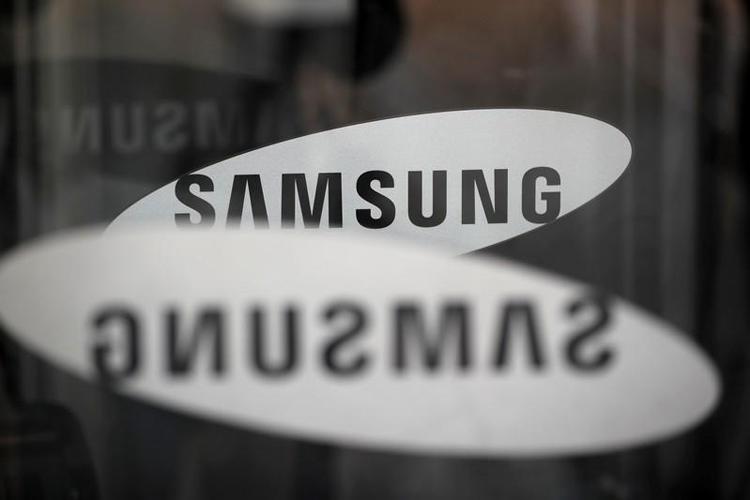 Смартфон Samsung Galaxy A72 5G показался на пресс-изображении