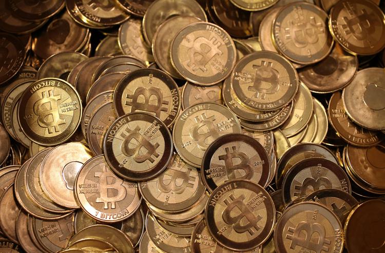 Индия может запретить биткоин и ввести собственную криптовалюту