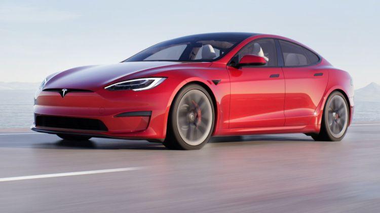 Прибыльность Tesla в прошлом году была обеспечена продажей экологических квот, а не электромобилей