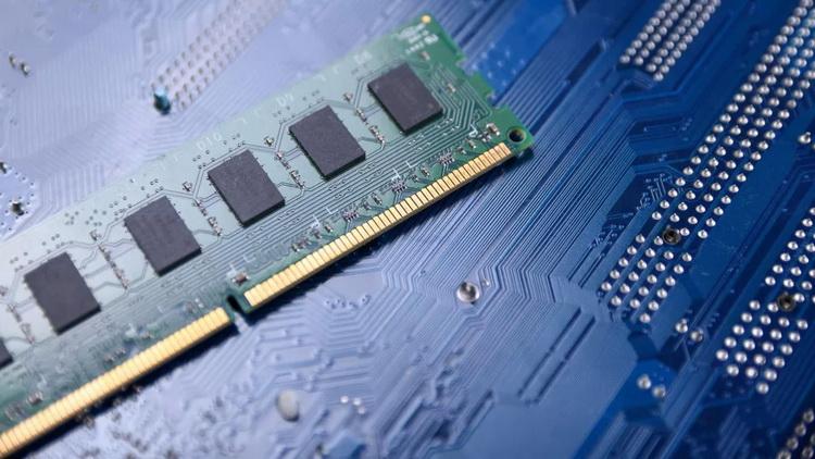 В течение 2021 года рост цен на память DDR3 составит 40–50 %