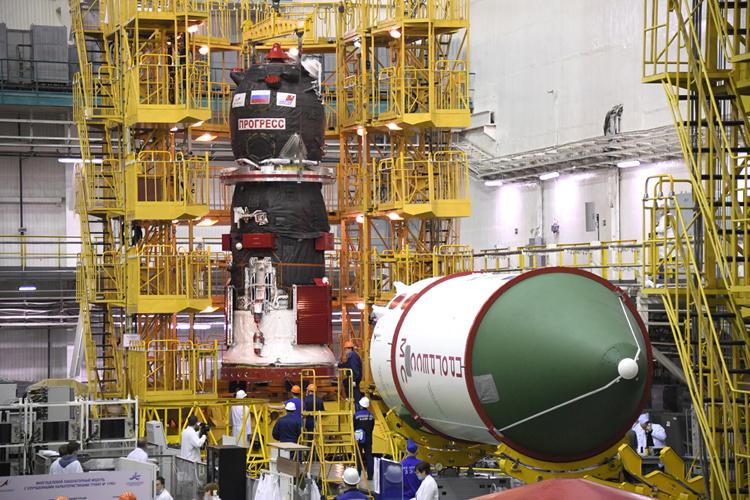 Заплатку для трещины в МКС уже погрузили на «Прогресс», который отправится к станции до конца февраля