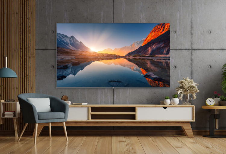 В понедельник Xiaomi представит в Европе большой телевизор Mi QLED 4K TV