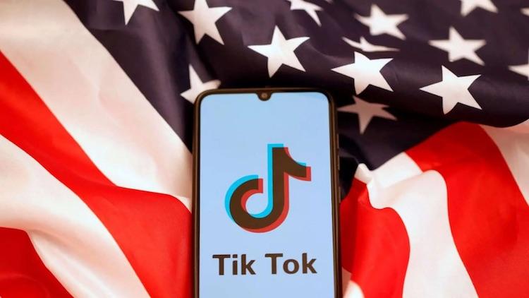 Продажу американской бизнеса TikTok отложили на неопределённый срок