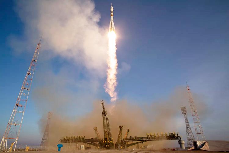 Осторожность не помешает: NASA купит через частную фирму место для своего астронавта в российском «Союзе»