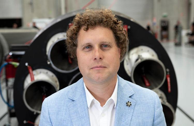 Глава Rocket Lab рассказал, зачем создаёт конкурента SpaceX Falcon 9 и как этому поможет выход на биржу