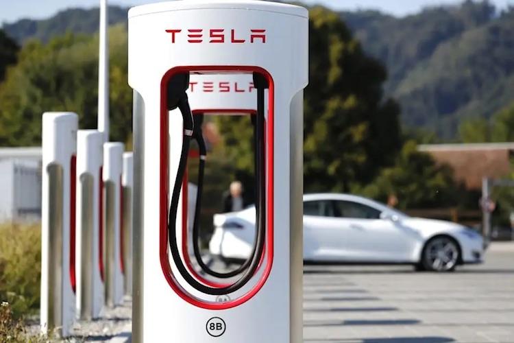 Tesla скоро запустит производство зарядных станций Supercharger на новом заводе в Китае