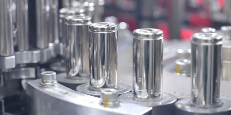 Интерес к аккумуляторным ячейкам 4680 проявила не только Tesla