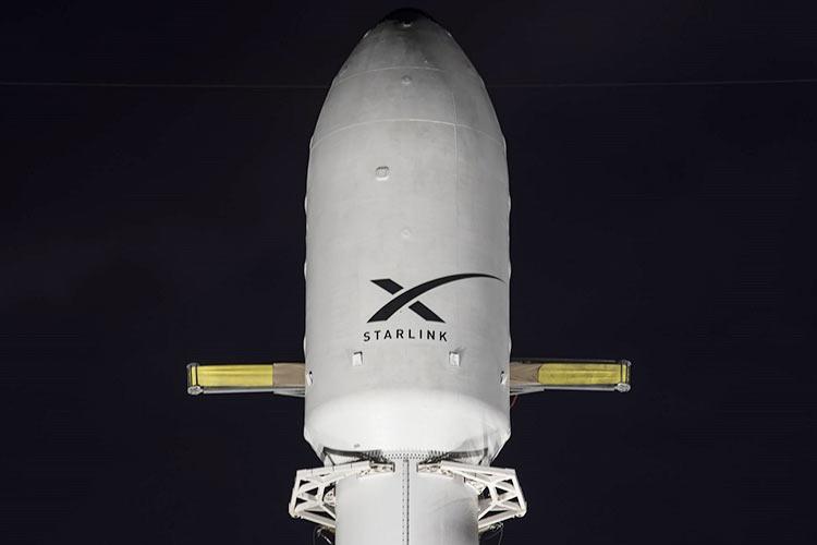 SpaceX запустила очередные 60 спутников Starlink и успешно вернула ступень, использованную в шестой раз