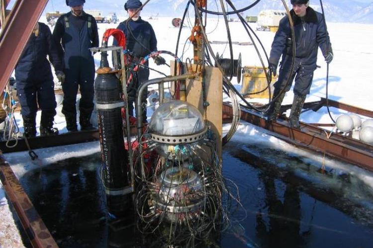 В глубинах Байкала заработал крупнейший в Северном полушарии нейтринный телескоп