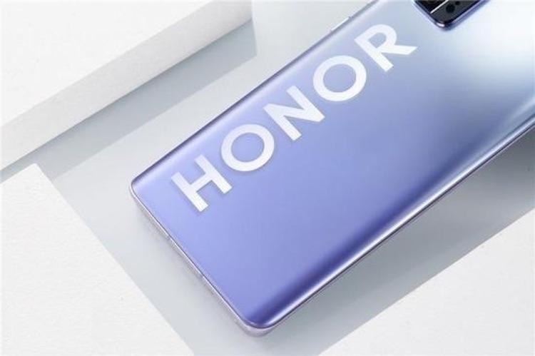 Honor представит по-настоящему флагманский смартфон с сервисами Google в июле