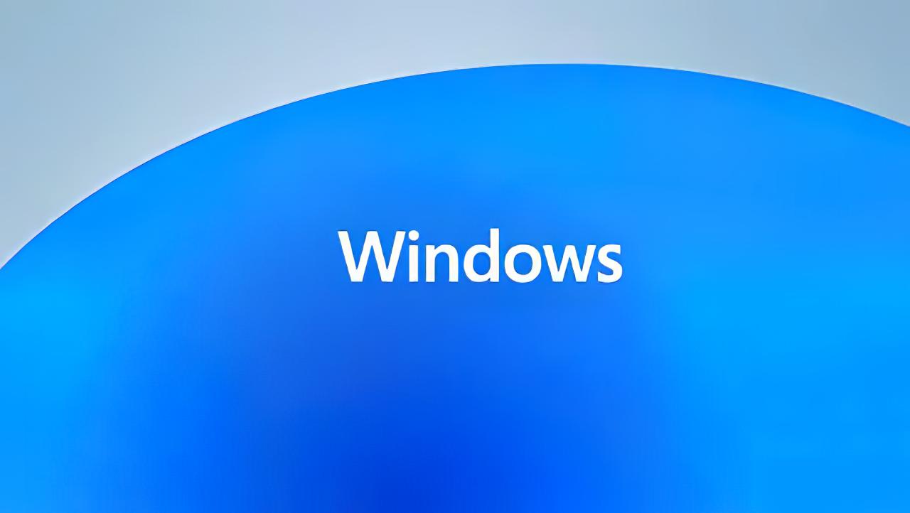 Эван Бласс фактически подтвердил выход Windows 11
