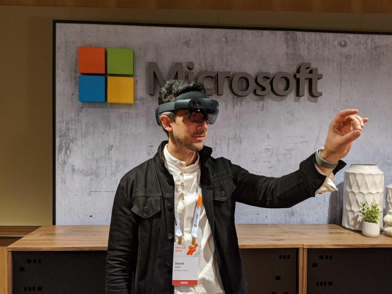 Инсайдерская сборка ОС для HoloLens 2 получила поддержку нового Microsoft Edge