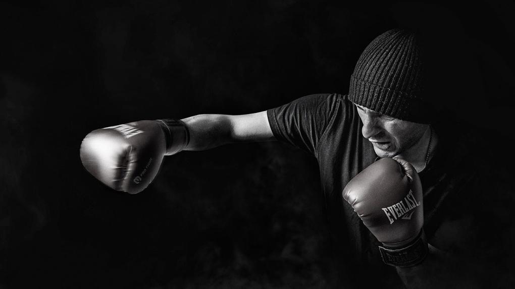 Экипировка для бокса: как выбрать перчатки