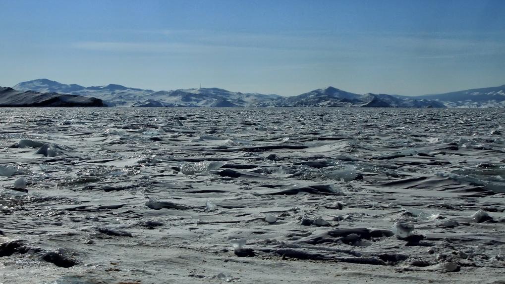 Вертолётом, пешком, велосипедом: как пересечь Байкал, если стандартные туры надоели