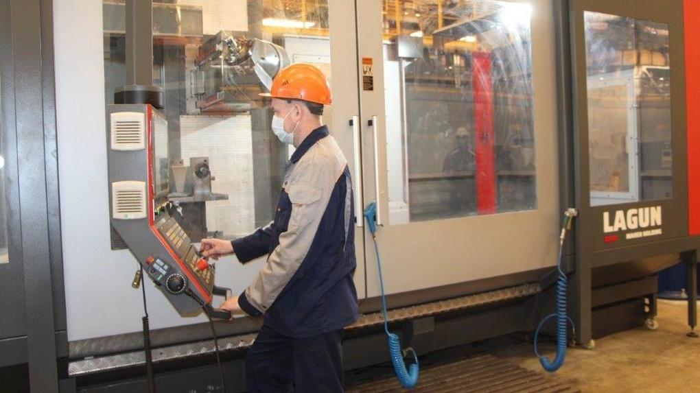 Завод «Уральские локомотивы» расширяет возможности производственного комплекса